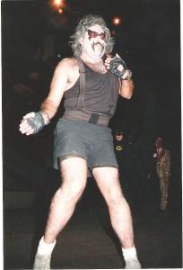 Victor Aguilar Guizar, dueño de Urantia y primer disfrazado en un evento de comics en México (osease el primer cosplayero...¡acabaramos!)