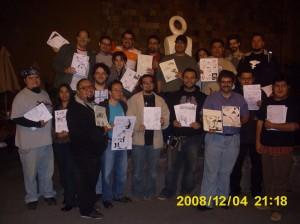 Aqui toda la banda feliz mostrando su trabajo.