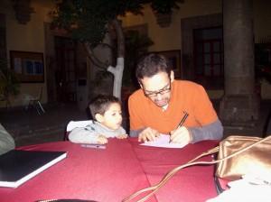 Humberto siempre en contacto con sus fans